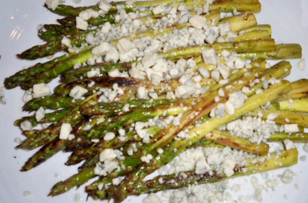 Grilled Asparagus with Gorgonzola